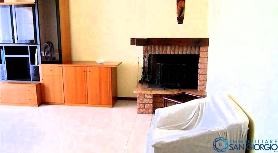 Vendita appartamenti santo stefano di magra santo for Appartamenti con 2 camere matrimoniali vicino a me